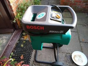 Bosch AXT 2200HP - My current garden shredderf