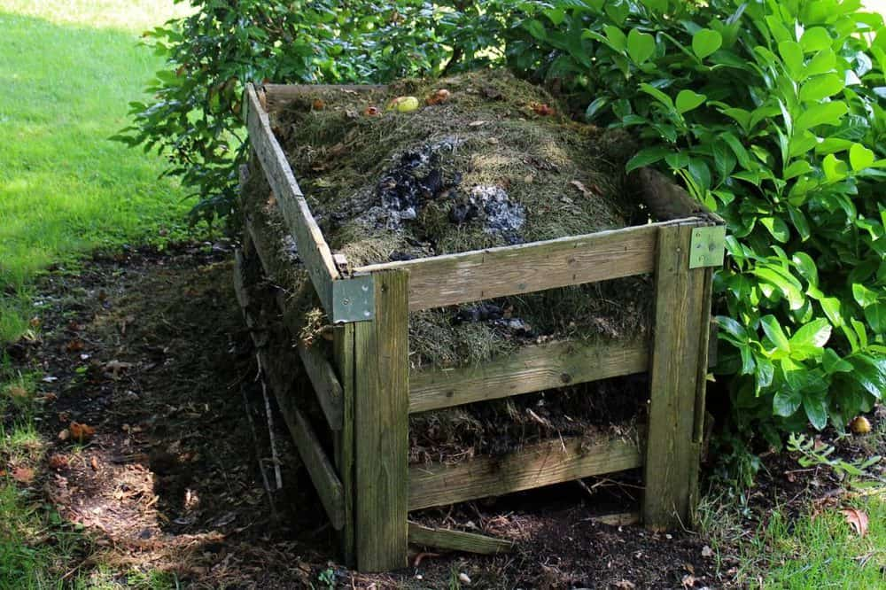 Cold compost heap - takes up much more space than Rapid composting